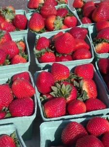 strawberries_200275